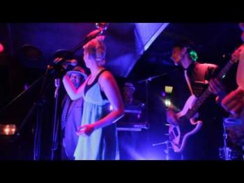 The Good Company - Shame, Shame, Shame - live im Cabaret Fledermaus